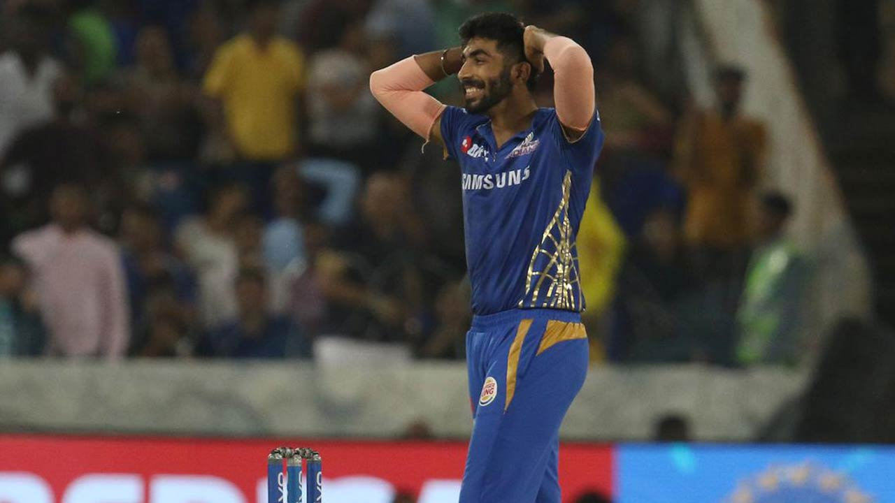 Leadership is all about your Right Action | Jasprit Bumrah's Gesture in IPL 2019 Final